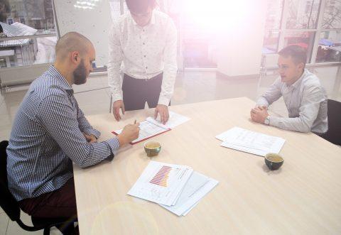 Trainee - Zusammenarbeit ist wichtiger als Konkurrenzkampf